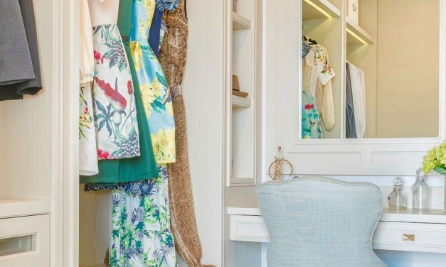 How To Clean Out Your Entire Closet In Less Than 1 Hour