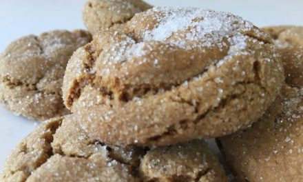 Christmas Ginger Crackle Cookies