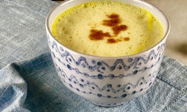 "The Turmeric Latte, A Healthy ""Coffee"" Alternative"