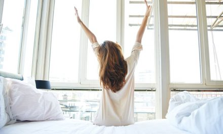 5 Ways To Wake Up Feeling Amazing And Looking Great
