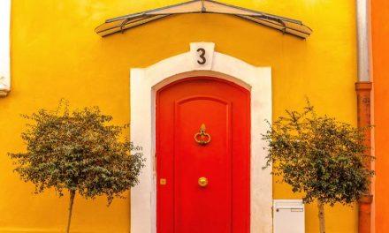 Inspiring And Creative Door Front Decor Ideas
