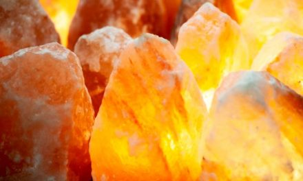 5 Reasons Why You Need A Himalayan Pink Salt Lamp